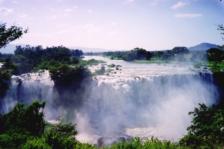 Blue.Nile.Falls.original.15360